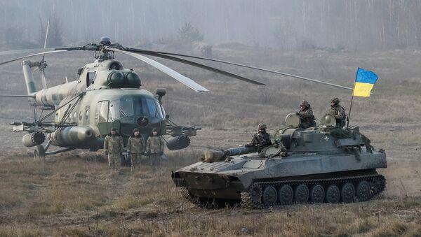 Припадници украјинске војске на војним вежбама у Житомиру у Украјини - Sputnik Србија