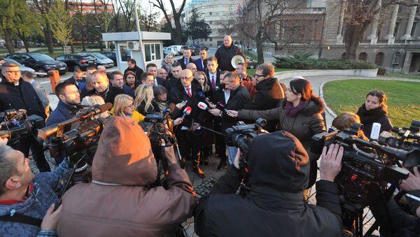 Срби с Косова после састанка с Вучићем - Sputnik Србија