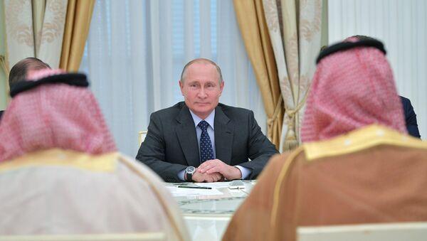 Путин на састанку с наследним принцом Саудијске Арабије Мухамедом бин Салманом - Sputnik Србија