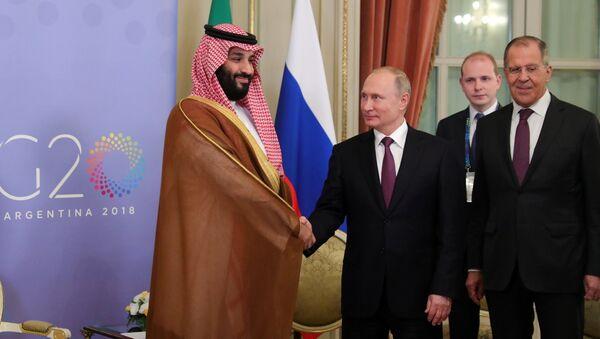 Председник Русије Владимир Путин и наследни принц Саудијске Арабије Мухамед бин Салман - Sputnik Србија