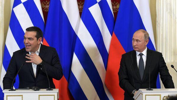 Председник Русије Владимир Путин и премијер Грчке Алексис Ципрас - Sputnik Србија