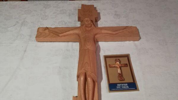 Гаденовски крст, велика светиња Русије. Ускоро ће бити 600 година од како се чудотворни крст појавио, о чему постоји веома живо предање. - Sputnik Србија