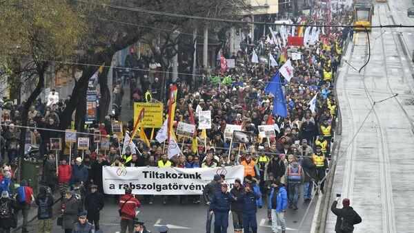 Protest u Budimpešti - Sputnik Srbija