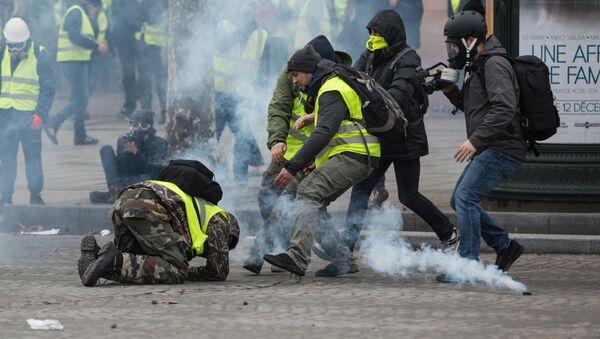 """Protesti """"žutih prsluka"""" - Sputnik Srbija"""
