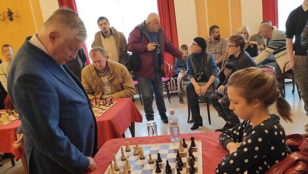 Anatolij Karpov u Valjevu - Sputnik Srbija