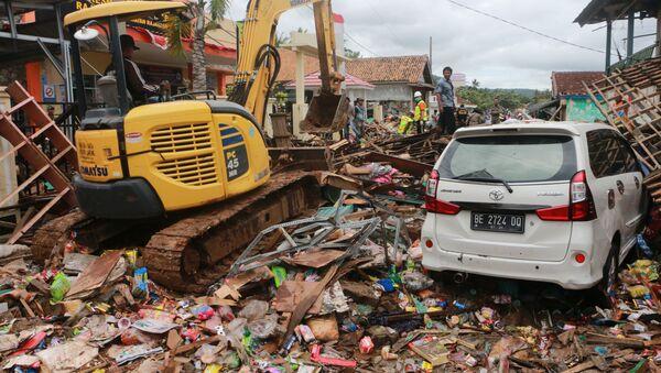 Stravične posledice cunamija posle erupcije vulkana u Indoneziji - Sputnik Srbija