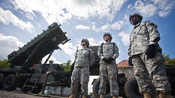 Амерички војници поред лансирног противракетног система Патриот у Пољској - Sputnik Србија