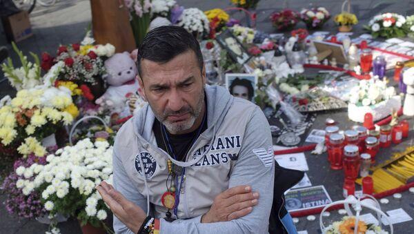 Давор Драгичевић снимљен на протесту у Бањалуци - Sputnik Србија