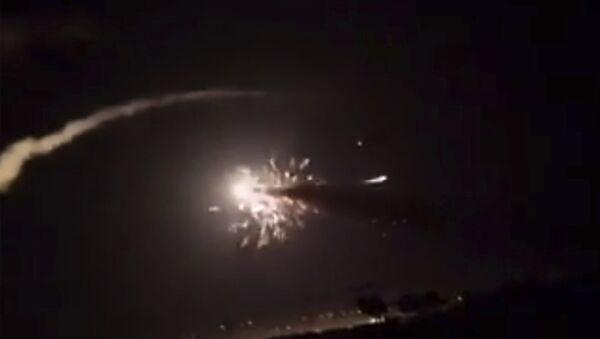 Ракете изнад Дамаска у Сирији - Sputnik Србија