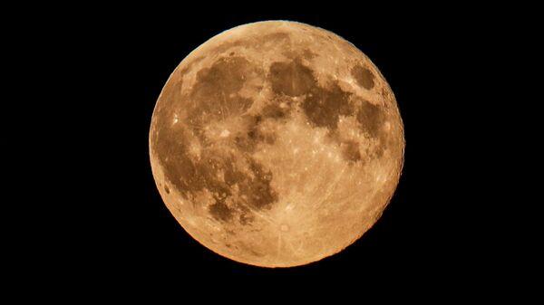 Пун месец у Московској области - Sputnik Србија