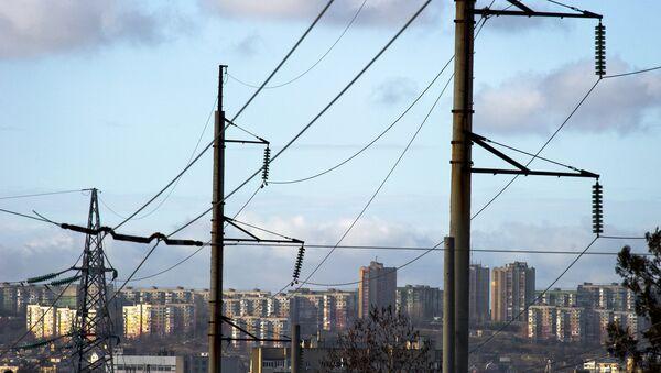 Električni vodovi u Simferopolju na Krimu - Sputnik Srbija