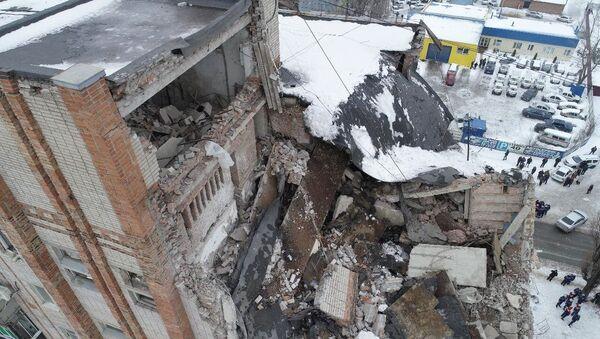 Uništeni stanovi nakon eksplozije gasa u zgradi u gradu Šahti Rostovske oblasti - Sputnik Srbija