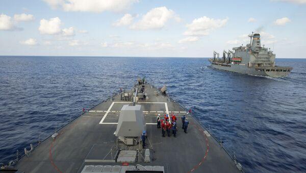 Ракетни разарач америчке морнарице Грејвели на Средоземном мору - Sputnik Србија