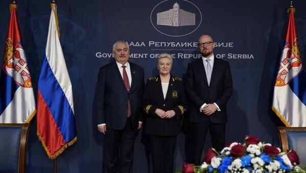 Кирил Тјурдењев, генерални директор НИС-а и представници два најпрестижнија руска универзитета - Sputnik Србија