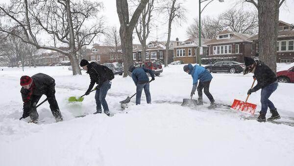 Sneg u Čikagu - Sputnik Srbija