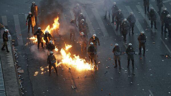 Протест у Атини због договора с Македонијом - Sputnik Србија