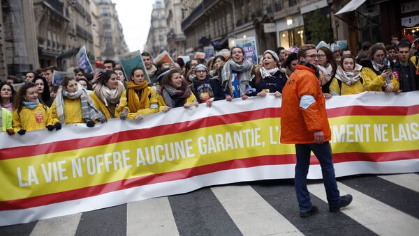 Протест против абортуса у Паризу - Sputnik Србија
