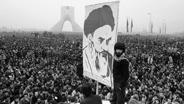 Иранска револуција: Ајатолах Хомеини - Sputnik Србија