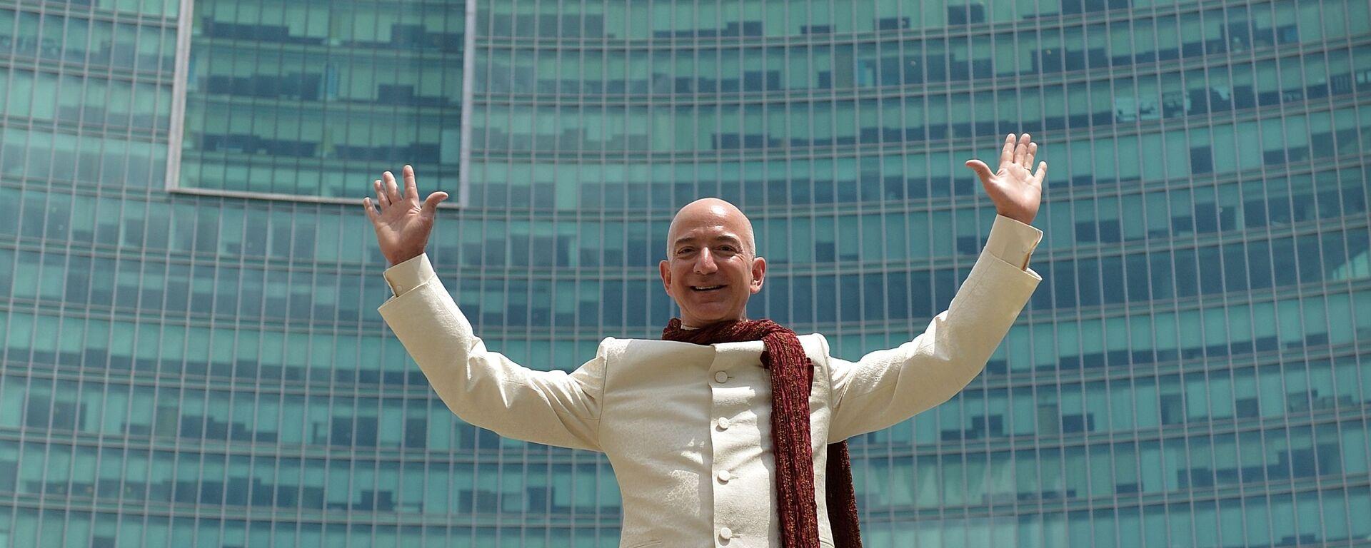 Glava i osnovatelь internet-kompanii Amazon.com Džeff Bezos - Sputnik Srbija, 1920, 22.07.2021
