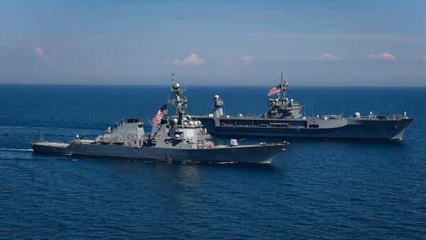 Амерички бродови Портер и Маунт Витни на војним вежбама на Црном мору - Sputnik Србија