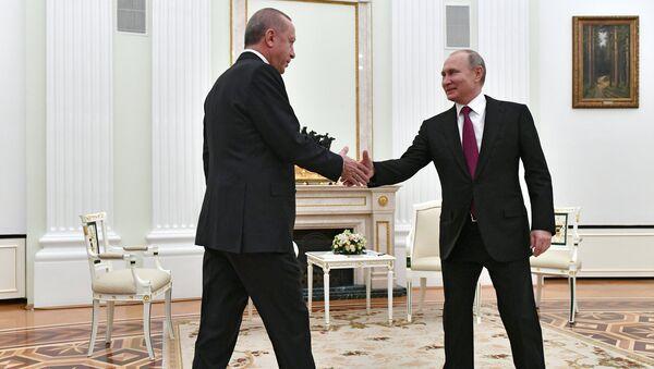 Predsednici Turske i Rusije Redžep Tajip Erdogan i Vladimir Putin na sastanku u Moskvi - Sputnik Srbija