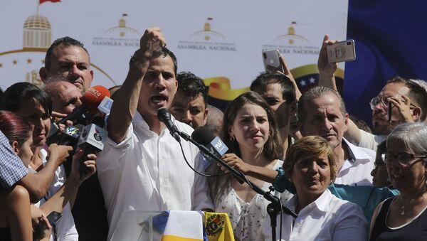 Predsednik Narodne skupštine Venecuele Huan Gvaido na mitingu u Karabaljedi - Sputnik Srbija