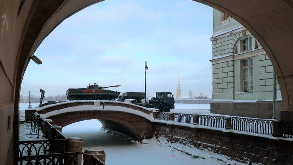 Generalna proba parade u čast 75-godišnjice probijanja opsade Lenjingrada - Sputnik Srbija