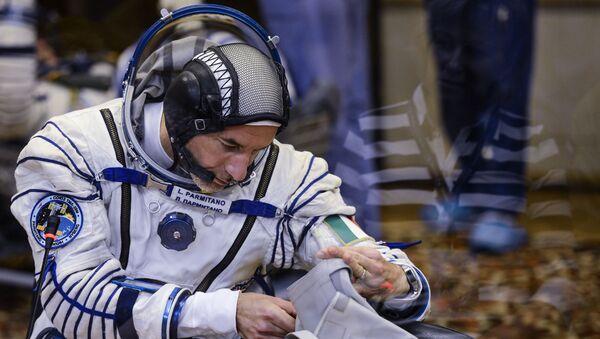 Italijanski astronaut Luka Parmitano pre lansiranja rakete Sojuz sa svemirskim brodom Sojuz TMA 09M na kosmodromu Bajkonur - Sputnik Srbija