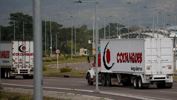 Kamioni sa humanitarnom pomoći za Venecuelu - Sputnik Srbija