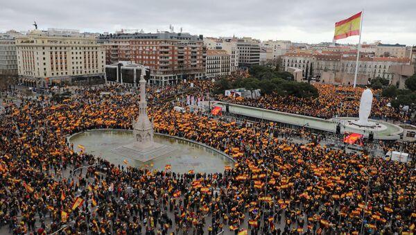 """Протести у Мадриду – """"За уједињену Шпанију, избори сада"""" - Sputnik Србија"""