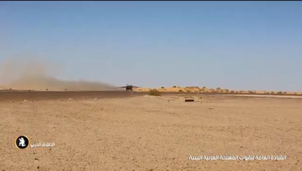 Либијски ловац пресрео путнички авион (видео) - Sputnik Србија