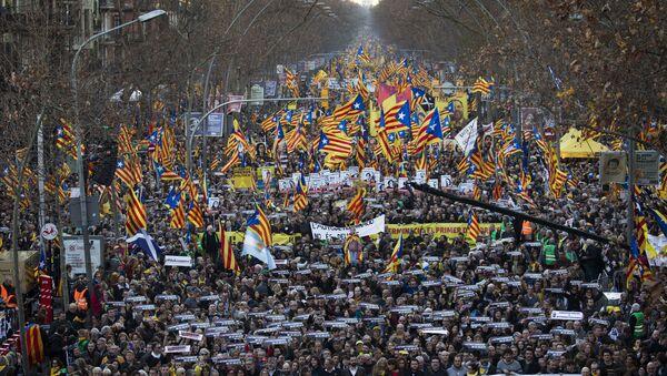 Велики протест каталонских сепаратиста у Барселони - Sputnik Србија