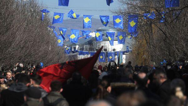 Zastave Albanije i Kosova u Prištini - Sputnik Srbija