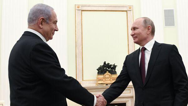 Predsednik Rusije Vladimir Putin i premijer Izraela Benjamin Netanijahu - Sputnik Srbija