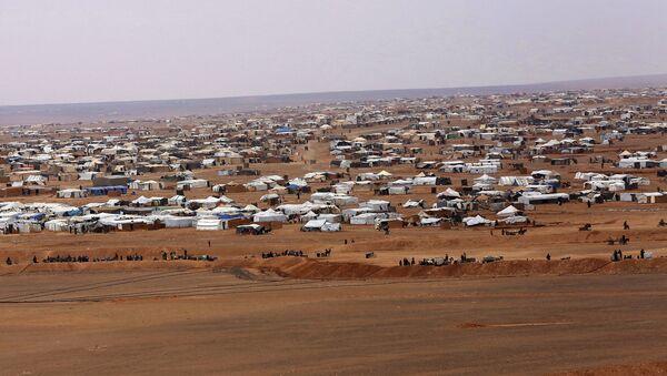 Поглед на избеглички камп Рукбан у Сирији - Sputnik Србија