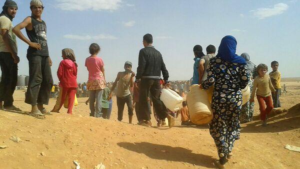 Sirijske izbeglice u kampu Rukban na granici Sirije i Jordana - Sputnik Srbija