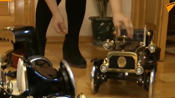 Gruzijac pravi automobile od šivaćih mašina - Sputnik Srbija