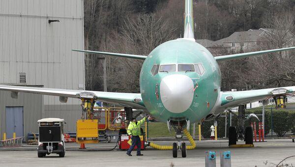 Нови Боинг 737 макс 8 испред фабрике у Рентону у држави Вашингтон у САД - Sputnik Србија