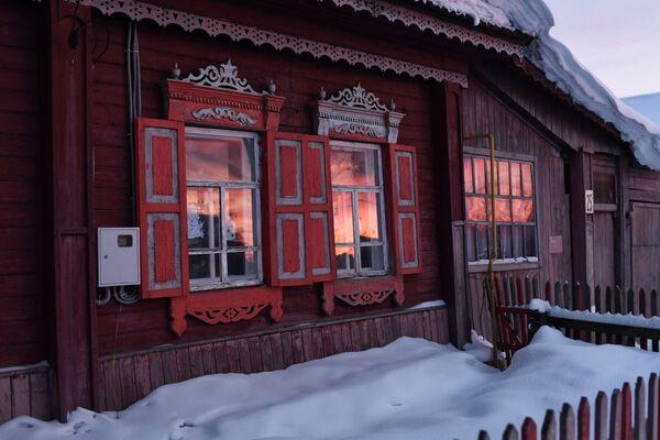 Snežna bajka: Kakav je život u udaljenom sibirskom selu - Sputnik Srbija
