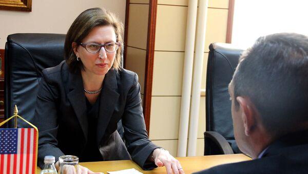 Lora Kuper i Aleksandar Vulin - Sputnik Srbija