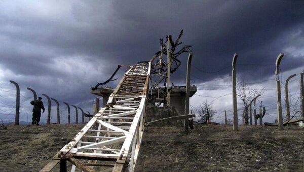 Posledice NATO bombardovanja u blizini Preševa - Sputnik Srbija