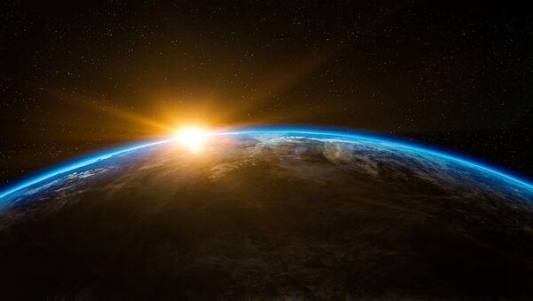 Izlazak Sunca u svemiru - Sputnik Srbija