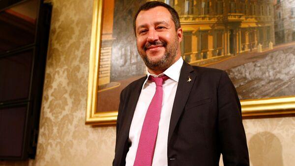 Заменик премијера Италије и лидер Лиге Матео Салвини - Sputnik Србија