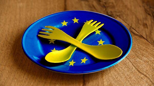 Plastični tanjirić EU - Sputnik Srbija