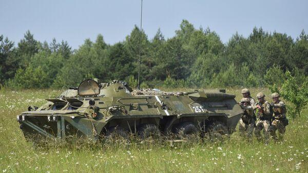 Учесници тактичких војних вежби украјинских војника у Лавовској области - Sputnik Србија