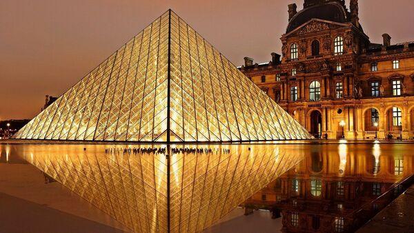 Muzej Luvr u Parizu - Sputnik Srbija