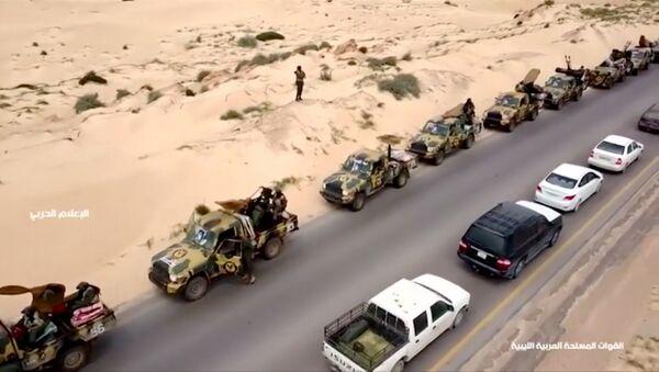 Колоне војних возила под командом генерала Хафтара на путу за Триполи 4. 5. 2019. - Sputnik Србија