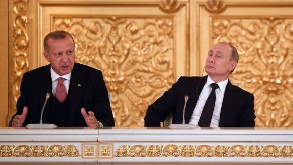 Vladimir Putin i Redžep Tajip Erdogan u Moskvi - Sputnik Srbija