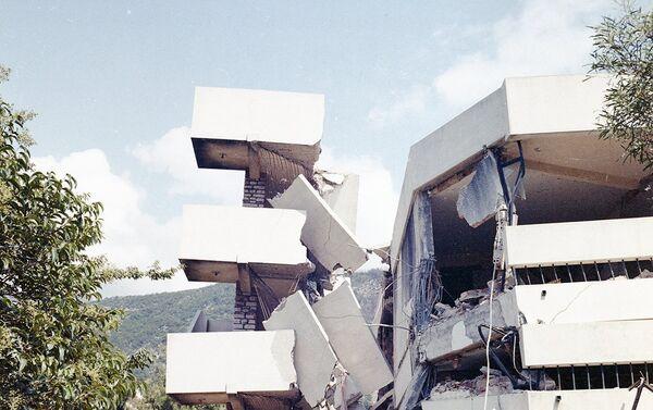 Последице  земљотреса у Црној Гори 1979. године. - Sputnik Србија