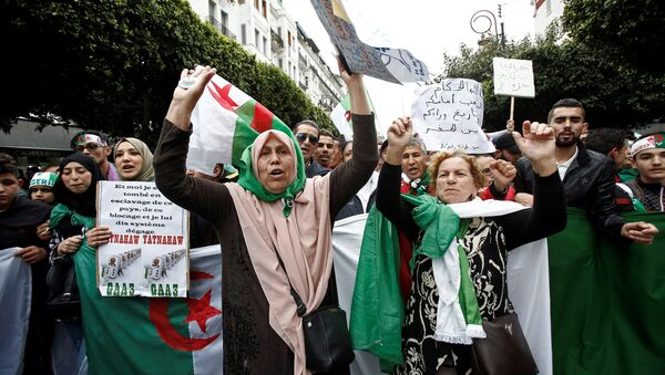 Протести у Алжиру. - Sputnik Србија